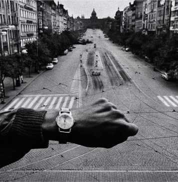 Josef Koudelka: La Fabrique d'Exils [Exiles]