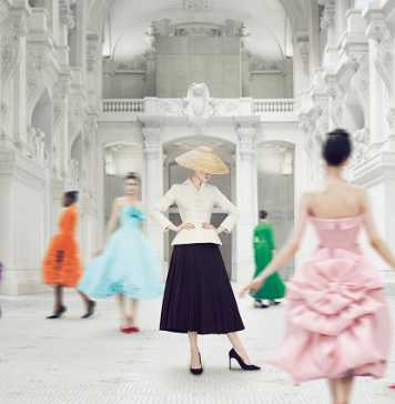 Christian Dior: Couturier du rêve (Designer of dreams)