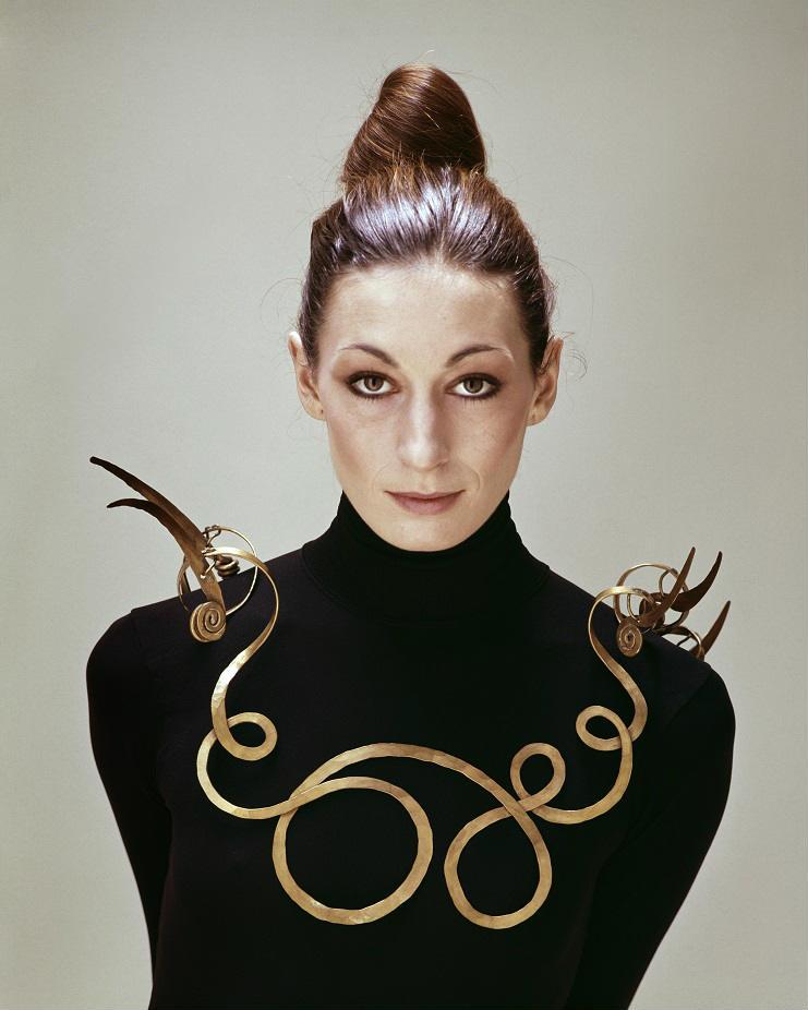 Medusa: Jewellery and Taboos (Bijoux et tabous)